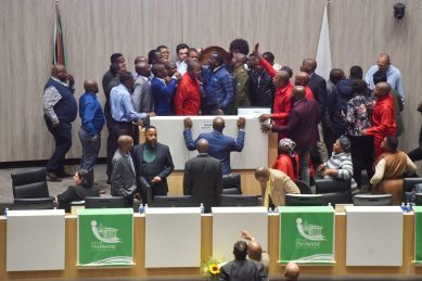 Tshwane council meeting to elect Mokgalapa's replacement collapses