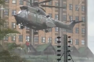 WATCH: SANDF helicopters airlift 70 trapped guests at Centurion Hotel - Citizen