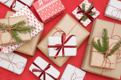 Exchanging Christmas gifts: These are your rights