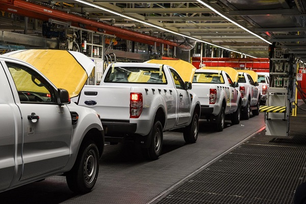 November new vehicle sales back in the red