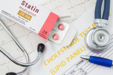 Early cholesterol treatment lowers heart disease risk – study