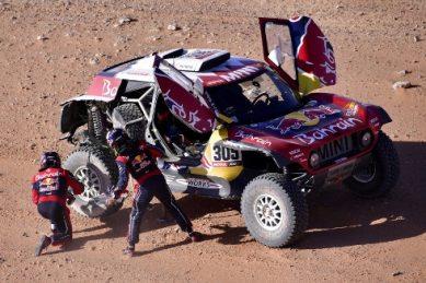 WATCH: Dakar stage nine highlights