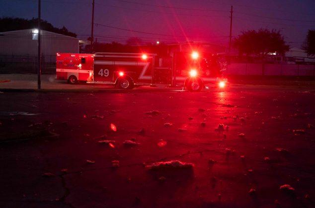 Large explosion rocks Houston, houses damaged