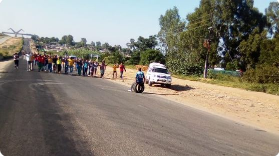 Police call for calm in Diepsloot after shutdown threatened amid protests against cop's murder