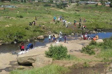 Lindiwe Sisulu pledges R220m to address QwaQwa water woes