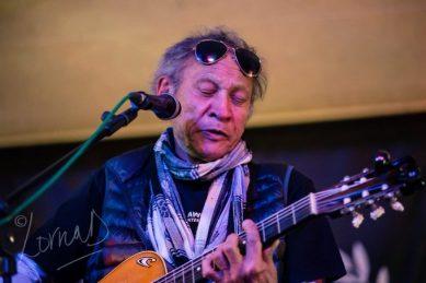 Veteran SA musician Steve Fataar dies