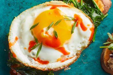 Recipe: Spinach & egg sweet potato toast
