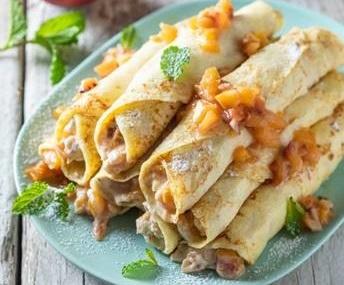 Recipe: Honeyed nectarine filled pancakes