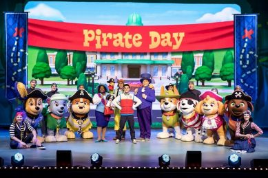Go on a treasure hunt with the 'Paw Patrol' pups