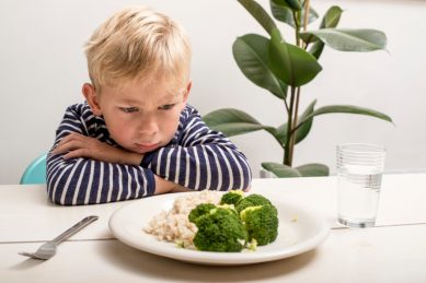 3 easy ways to get your kids to eat their fruit and vegetables