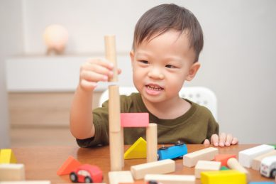 5 Hands-on learning activities to try with your toddler while you're stuck at home