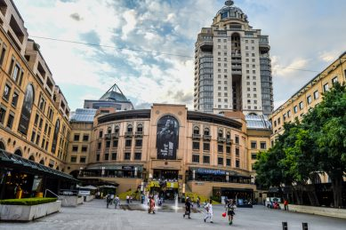Shopping without malls could rejuvenate economic world