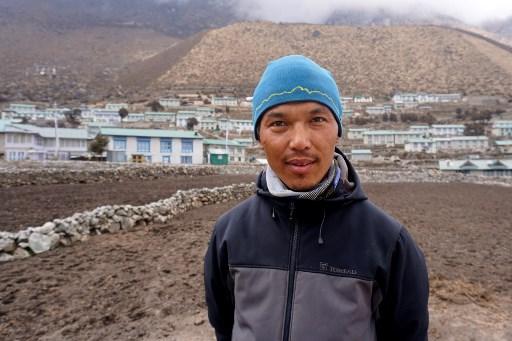 Coronavirus casts shadow over Everest