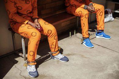 Analysis: How to get elite crooks in orange jump suits