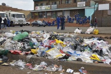 We need our salaries, not food parcels, waste workers plead