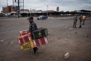 Joburg issues permits to informal food traders after lockdown regulations amendment