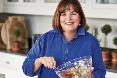 Celebrity chef Ina Garten makes giant quarantine cocktail for one