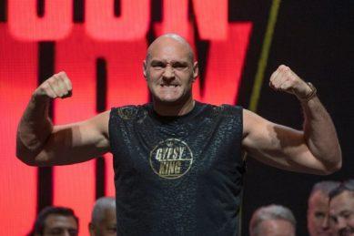 Fury plans to emulate Klitschko's longevity
