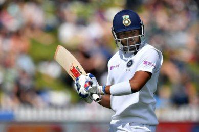 'God of cricket' Tendulkar looms over India prodigy Shaw