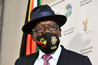 'Breakthrough' in alcohol, cigarettes illegally crossing SA borders – Cele - The Citizen