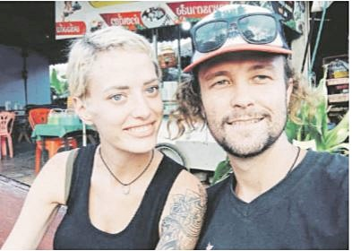 Father, daughter give stranded South Africans a helping hand