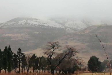 Watch: The big freeze…snow falls overnight in Gauteng, Free State and Mpumalanga
