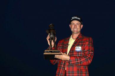 Closing birdie binge lifts Simpson to PGA Heritage title