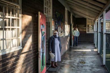 Some independent schools open doors to Grade 7 and 12 pupils
