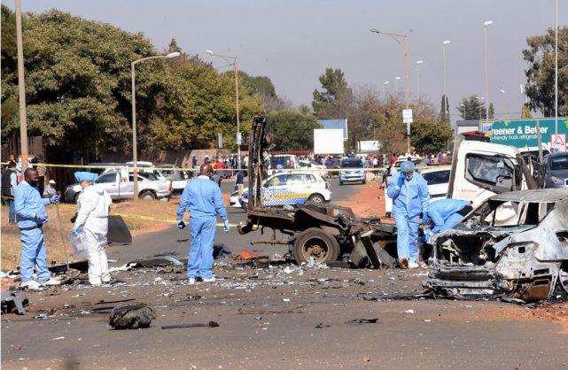 Gauteng police hunt for 'heavily armed' gang after Soweto CIT heist