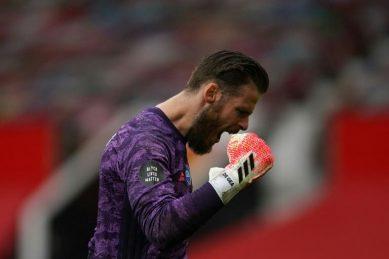 De Gea 'proud' to beat Schmeichel record at Man Utd
