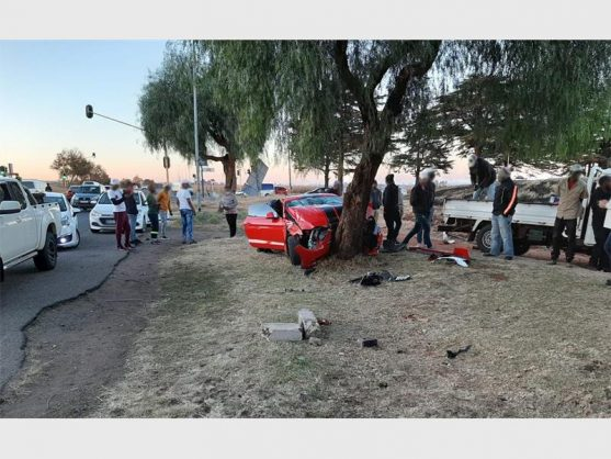 Ford Mustang driver injured after crashing into tree