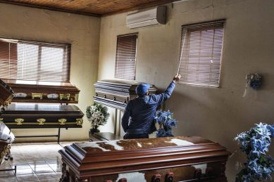 Funeral industry planned 3-day national shutdown to start on Monday