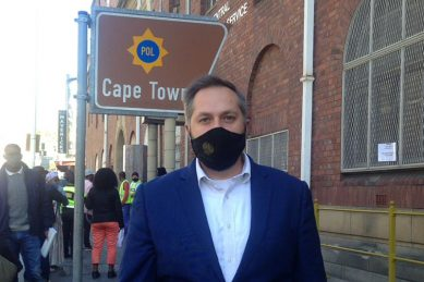 Probe ex-cabinet ministers', MPs' R10m a year flights, DA asks AG