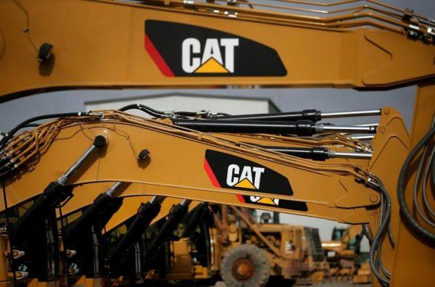 Caterpillar reports big drop in profits amid murky outlook