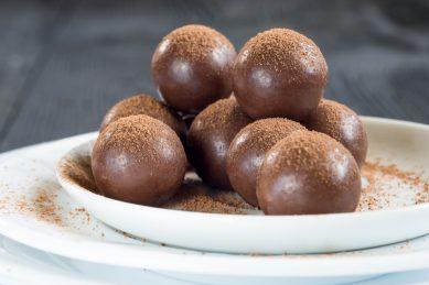 Quick, easy, no bake Nutella recipe bombs, say no more