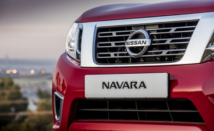 America's new Nissan Frontier spied, preview of facelift Navara?