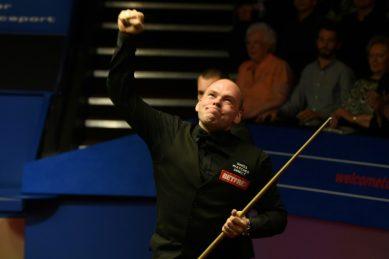 Bingham blames sterilised snooker balls for sloppy start to World Championships