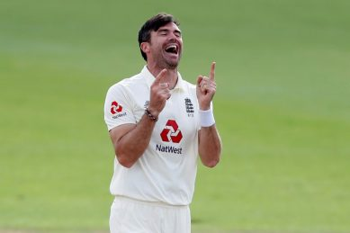 England's Anderson takes 600th Test wicket in Pakistan finale