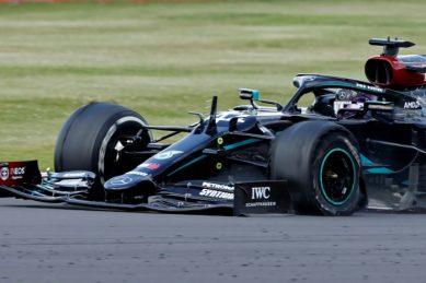 'Heart stopping' Hamilton wins seventh British Grand Prix on three wheels