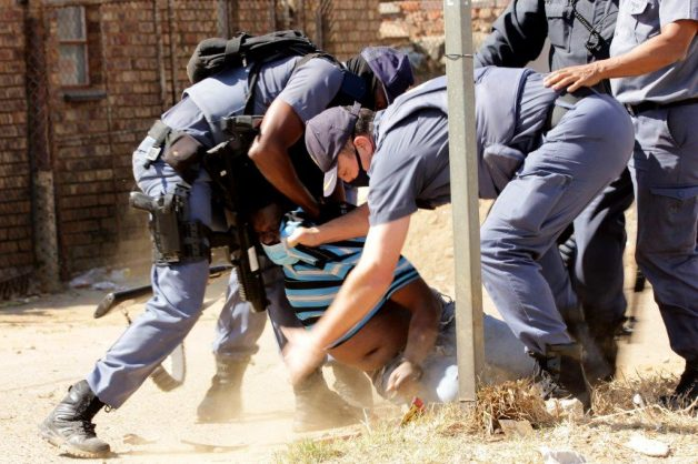 PICS: Mamelodi residents clash with cops in electricity protest