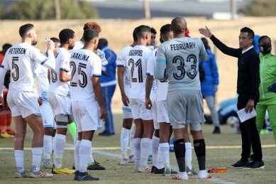 Umoya coach Davids not happy with 'offside goal' in Kings loss