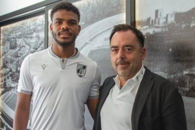 Bafana striker Foster joins Zungu's former club Vitoria Guimaraes