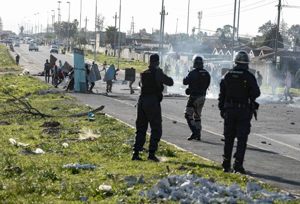 Protests erupt in Western Cape as community members attempt to occupy land