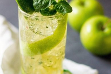 Recipe: Put a twist on the classic Cuban cocktail with these apple mojitos