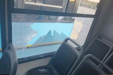Eight injured as buses stoned in Atlantis