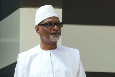 Ousted Mali president returns to country