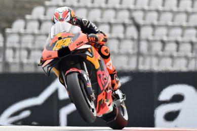 KTM's Espargaro tops opening practice, Binder trails in 16th at Austrian GP