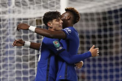Havertz hat-trick helps Chelsea hit six, Arsenal edge out Leicester