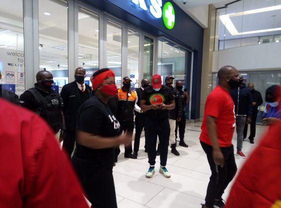 Sanef condemns 'intimidatory behaviour' towards eNCA journalists from EFF supporters