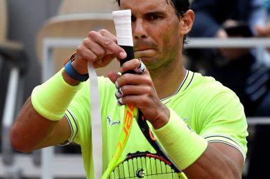 Rebooted Roland Garros struggles to escape shadow of coronavirus